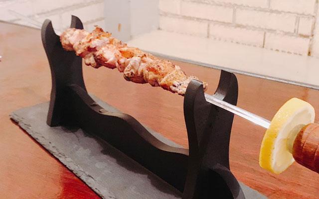 久留米市内の焼きとり店や飲食店で「殿さま串フェスタ」開催