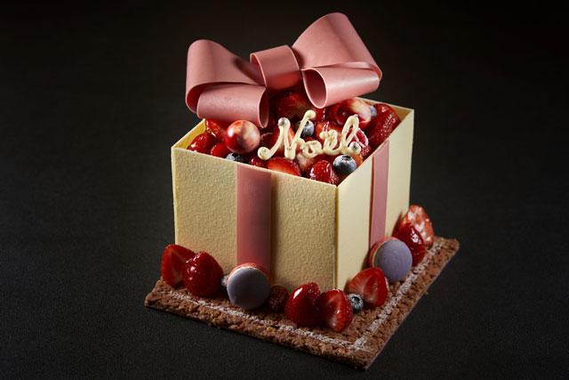 リーガロイヤルホテル小倉から宝石箱を思わせる「プレミアムクリスマスケーキ」予約販売