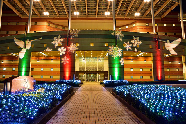 ヒルトン福岡シーホーク、ホテル全体が華やかなフェスティブムードに包まれる「クリスマス&年末年始」を展開
