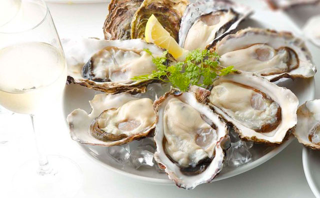 キャナルのフィッシュ&オイスターバーで生牡蠣を特別価格で提供する「POWER OYSTERフェア」開催へ