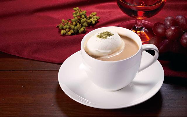 上島珈琲店から「ラムレーズンミルク珈琲」と「ローズマリーミルク紅茶」新発売へ