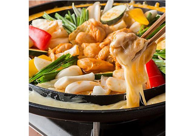 韓国美食メニューが楽しめる 韓国料理専門店「韓国屋台Mr.チージュ  大名店」2021年1月15日オープン
