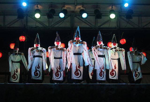 和踊り「覆面和踊集団 太宰府まほろば衆」が大牟田に登場!観覧無料!