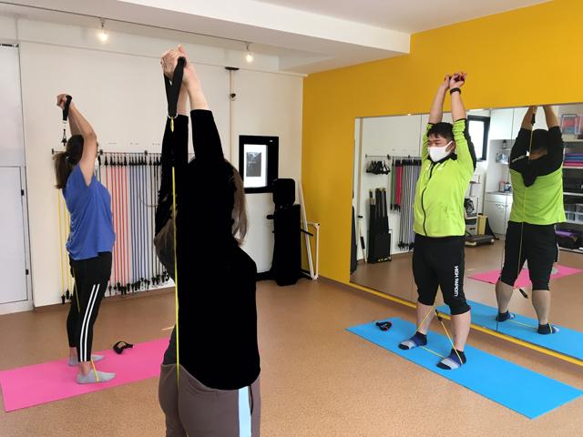 新型コロナと最前線でたたかう医療関係者とそれを⽀える家族に 体の健康維持・リフレッシュのため、トレーニングを無償提供