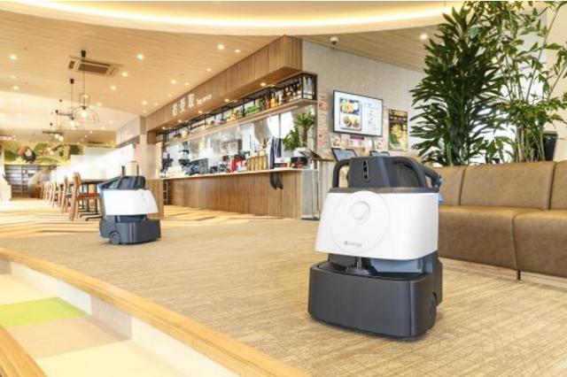 九州最大級の複合温浴施設「照葉スパリゾート」除菌清掃ロボット「Whiz i」を導入