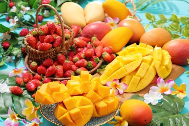 いちごもメロンも… フルーツパラダイス「マンゴー食べ放題」開催
