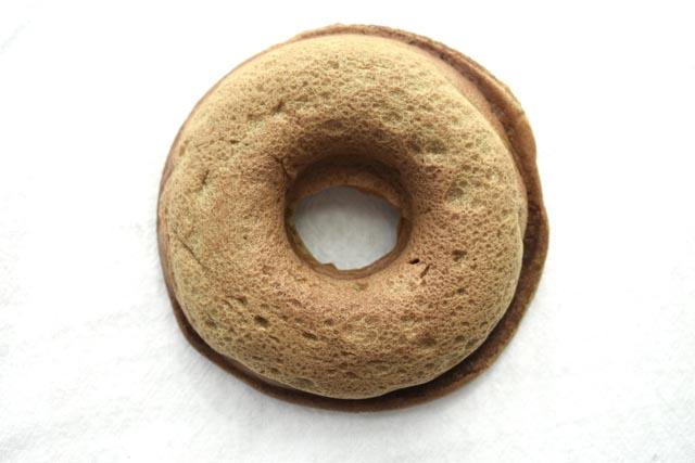 ドーナツとオクラ、農劇がクラフトドーナツ専門店とコラボ「オクラドーナツ」登場