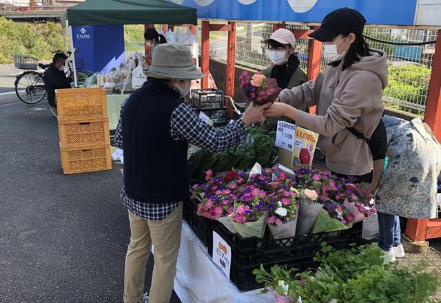 九州の農家直送の新鮮野菜をお届け、ブランチ博多パピヨンガーデンにて「マレブルマルシェ」開催