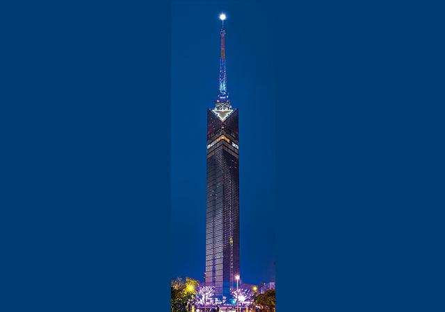 夏の夜空を象徴する天の川『福岡タワー』天の川イルミネーション「Milky Way」点灯