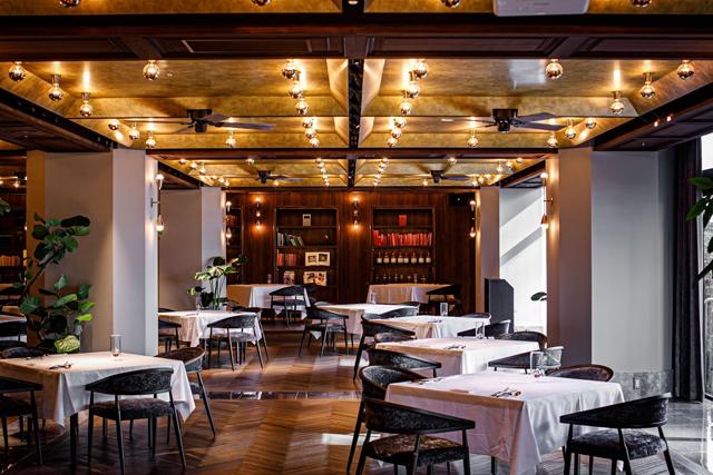 小倉北区のブティクホテル[THE STEEL HOUSE]にメインダイニングレストラン「Main Dining SQUARE」オープン