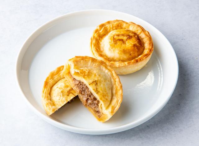 本格パイのお店 行列のできるパイ専門店「feal」アミュプラザ小倉に期間限定オープン