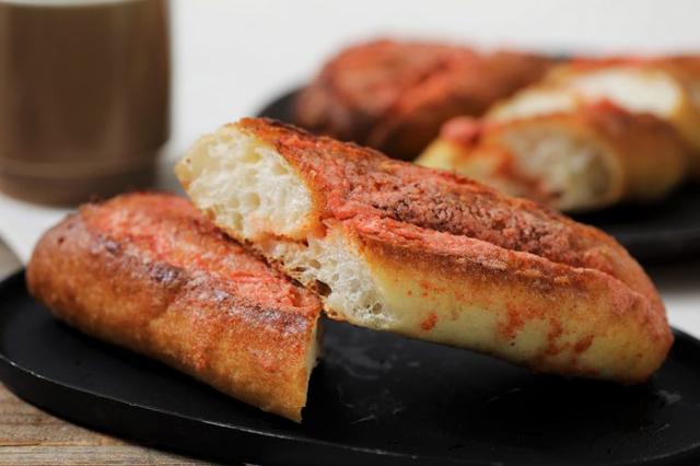 人気の「明太フランス」と「ぞっこん食パン」がお買い得!ハートブレッドアンティーク3日間だけのセールを開催!